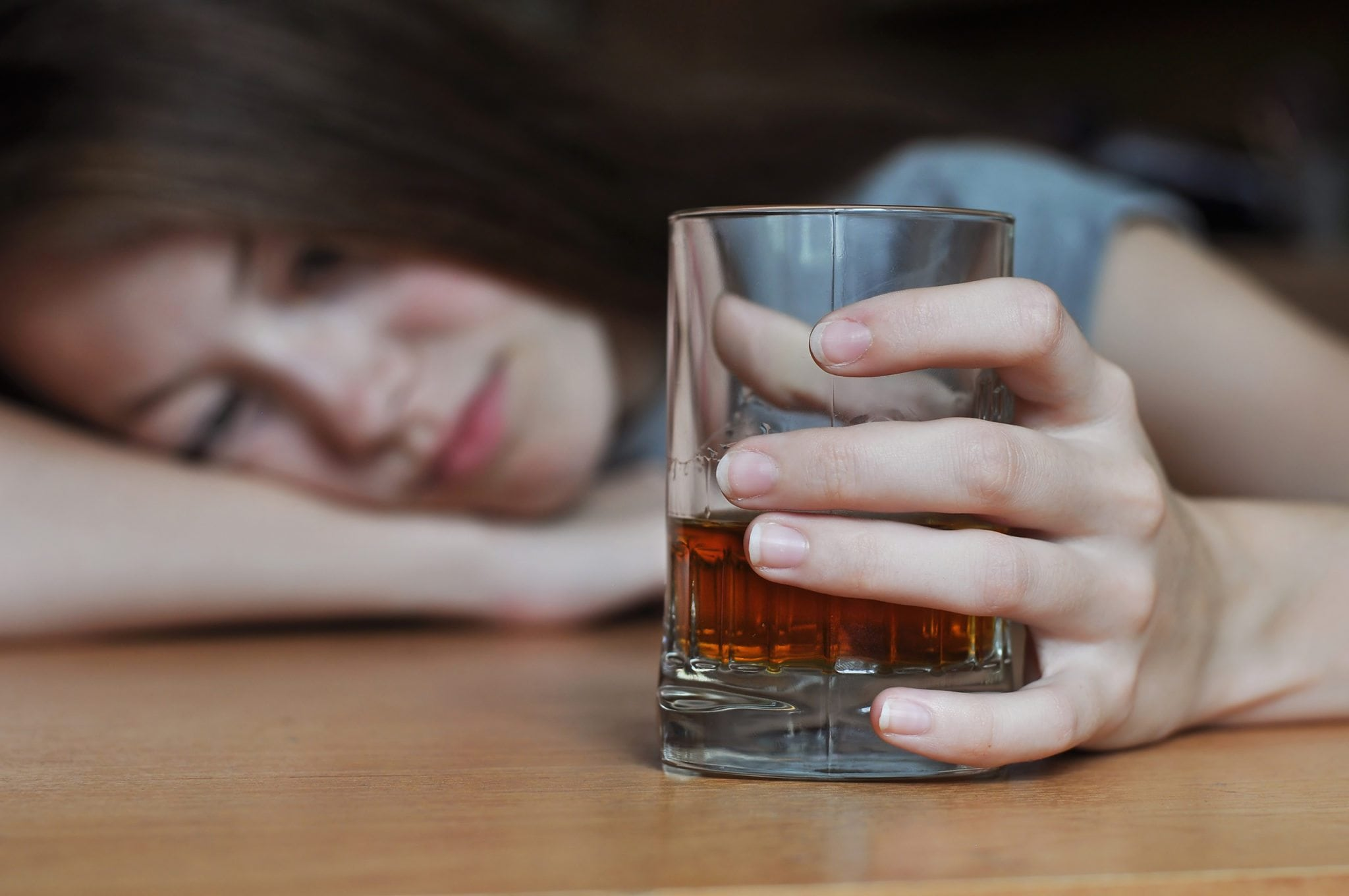 Side effects of alcohol on the skin